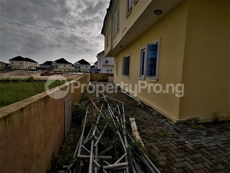 4 bedroom Detached Duplex for sale Crown Estate, After The Shoprite Sangotedo Sangotedo Lagos - 14