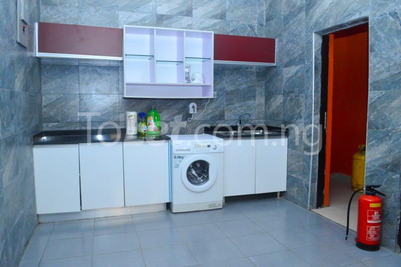 4 bedroom House for shortlet Diamond Estate Phase 1 Monastery road Sangotedo Lagos - 3