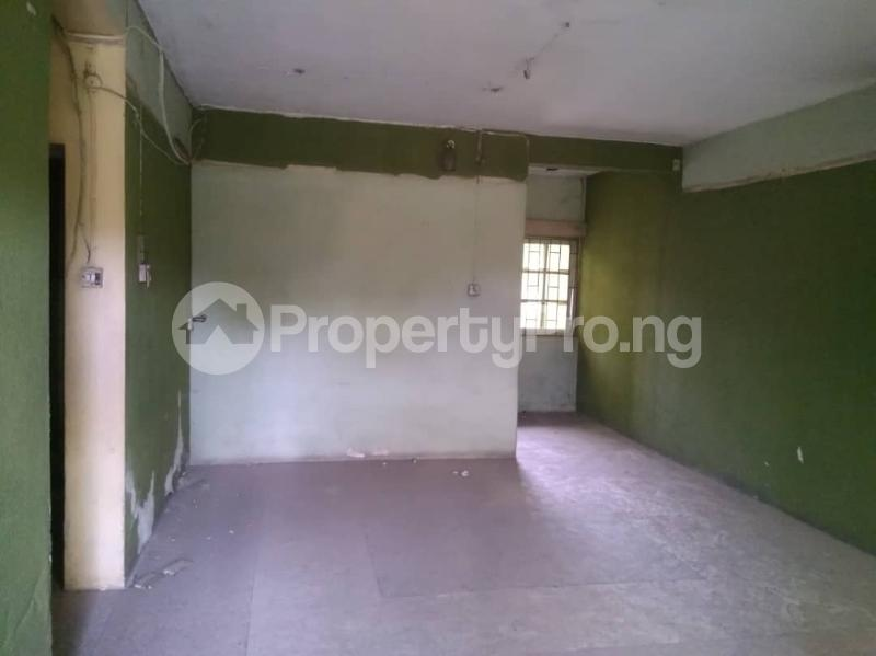 4 bedroom Flat / Apartment for sale Ijaiye road LSDPC estate Agege Lagos - 3