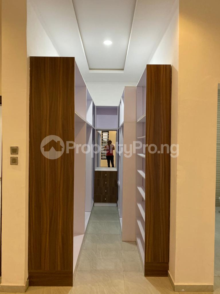 4 bedroom Detached Duplex House for sale Lakeview Estate chevron Lekki Lagos - 10