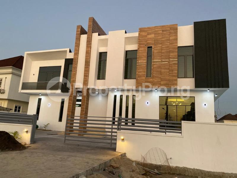 4 bedroom Detached Duplex House for sale Lakeview Estate chevron Lekki Lagos - 4