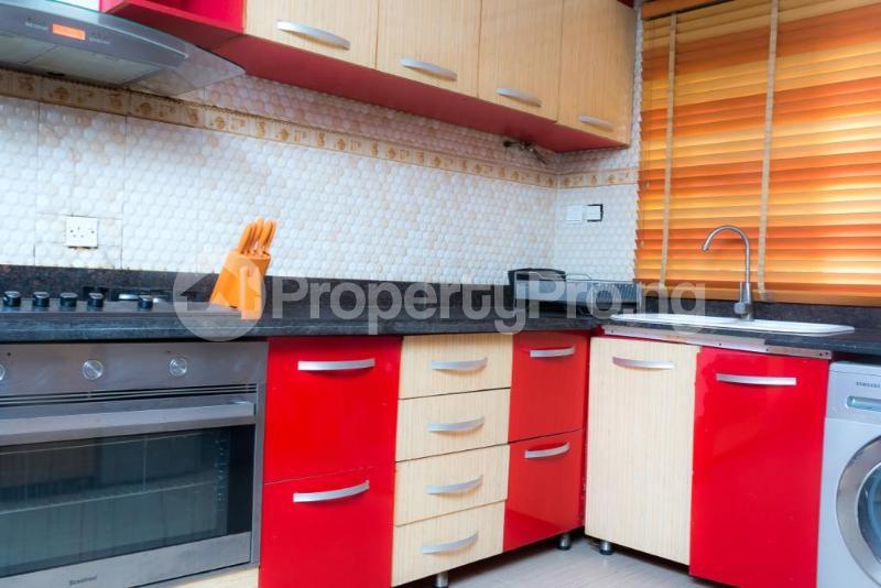 4 bedroom Semi Detached Duplex for sale Jacobs Mews Estate Adekunle Yaba Lagos - 10
