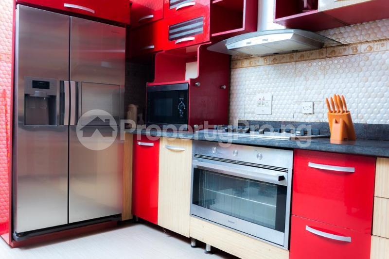 4 bedroom Semi Detached Duplex for sale Jacobs Mews Estate Adekunle Yaba Lagos - 6