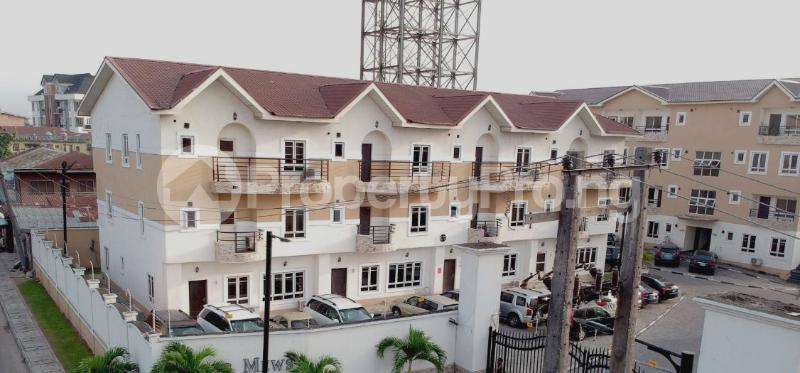 4 bedroom Semi Detached Duplex for sale Jacobs Mews Estate Adekunle Yaba Lagos - 0