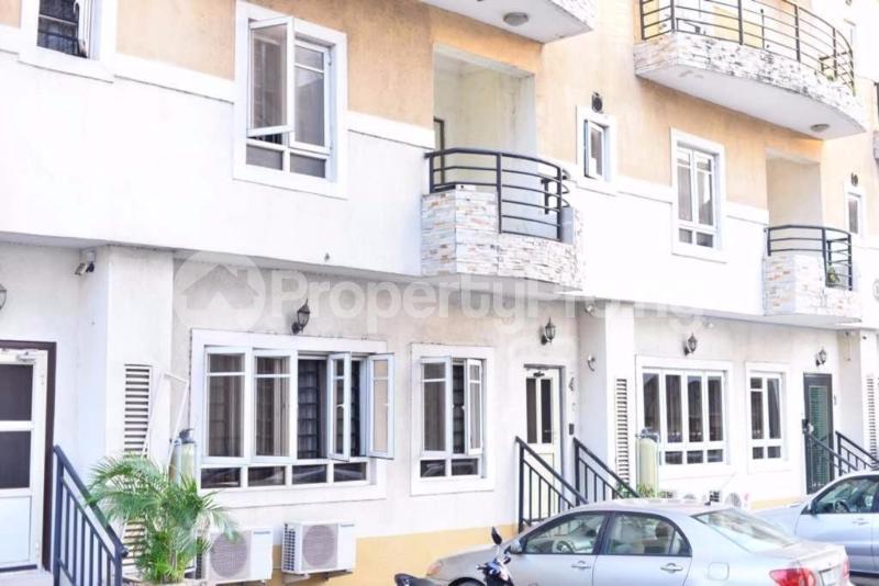 4 bedroom Semi Detached Duplex for sale Jacobs Mews Estate Adekunle Yaba Lagos - 7