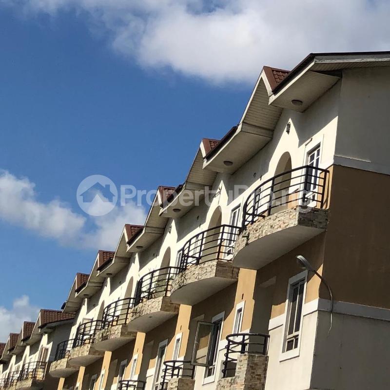 4 bedroom Semi Detached Duplex for sale Jacobs Mews Estate Adekunle Yaba Lagos - 8