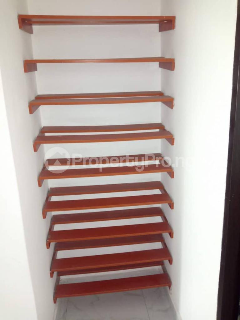 4 bedroom Semi Detached Duplex for sale   Lekki Phase 1 Lekki Lagos - 16