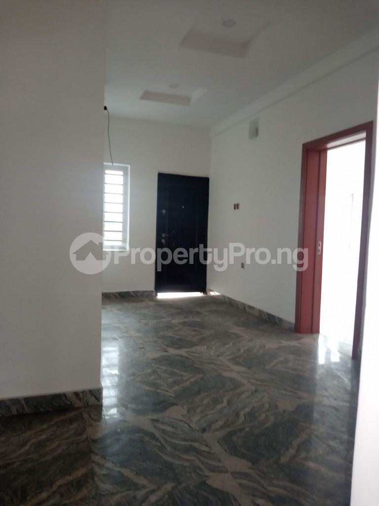 4 bedroom Semi Detached Duplex for sale   Lekki Phase 1 Lekki Lagos - 15