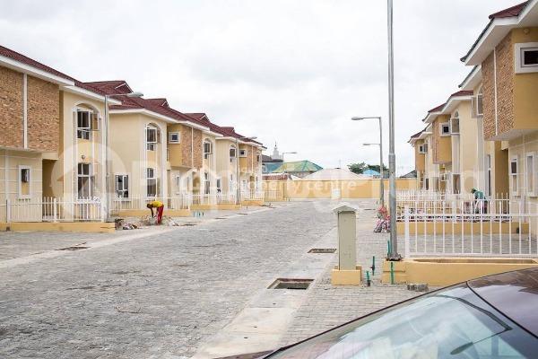4 bedroom House for sale Alperton Residence Estate   Osapa london Lekki Lagos - 4