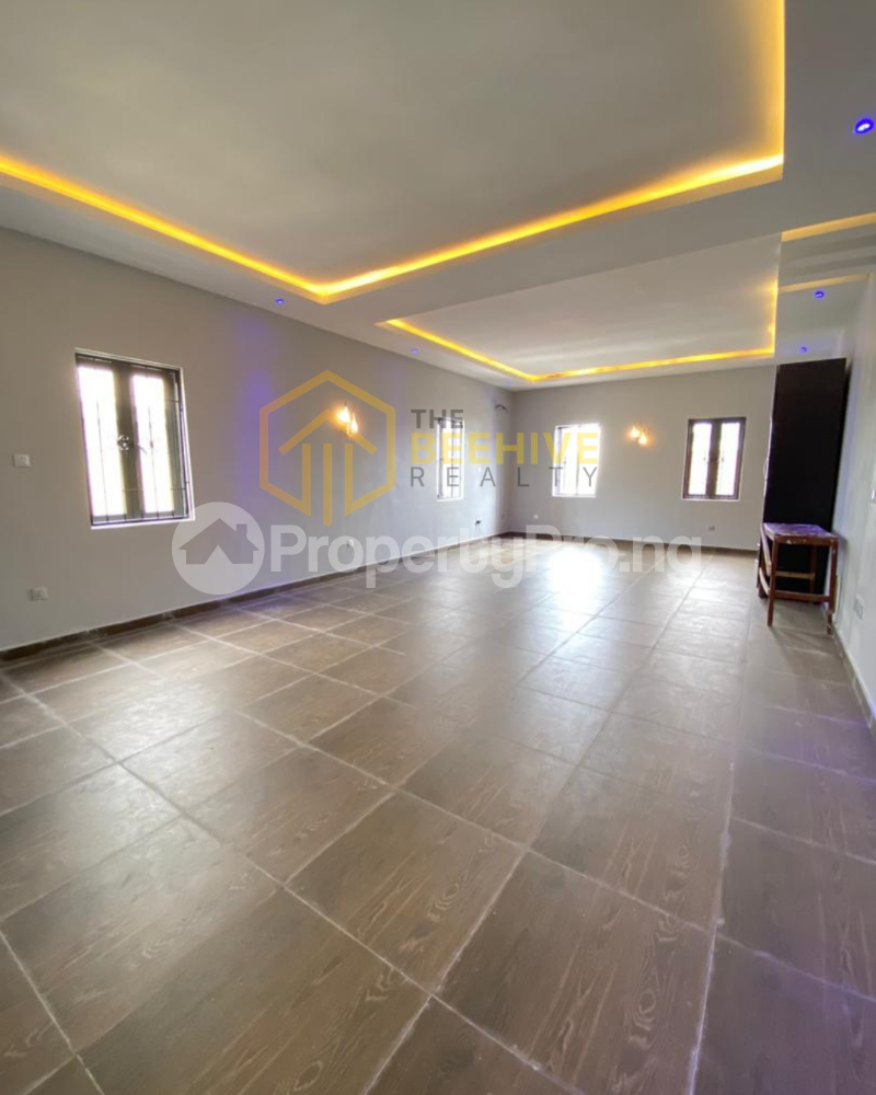 4 bedroom Semi Detached Duplex for sale Lekki Phase 1 Lekki Lagos - 2