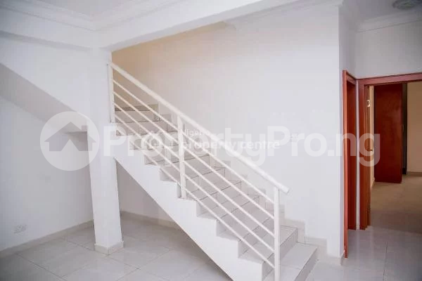 4 bedroom House for sale Alperton Residence Estate   Osapa london Lekki Lagos - 9