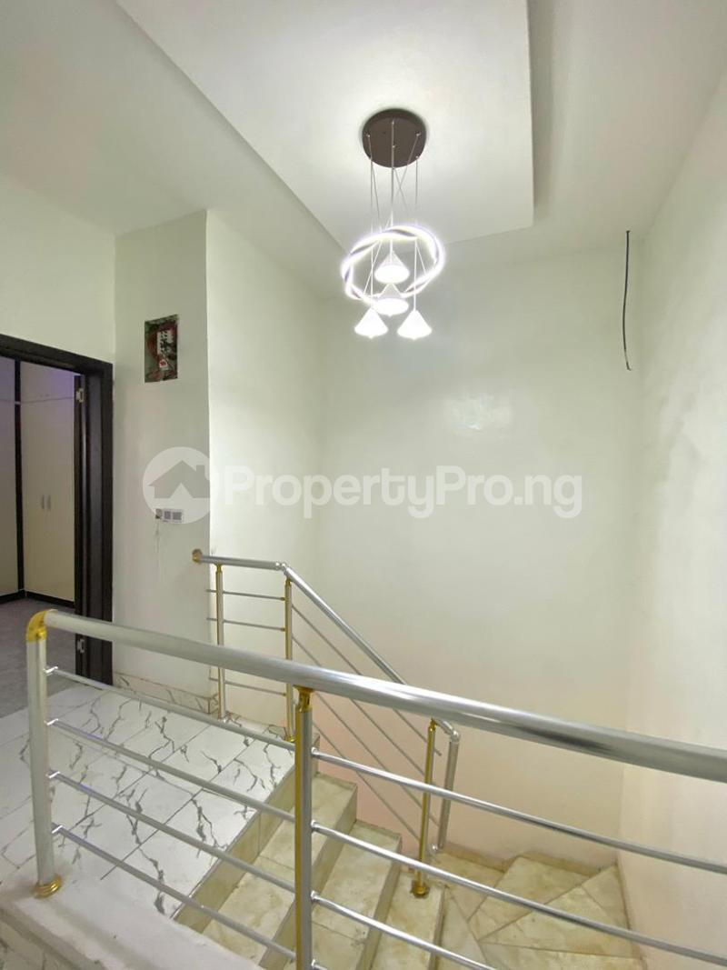 4 bedroom Semi Detached Duplex for sale Second Toll Gate chevron Lekki Lagos - 4
