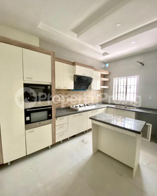 4 bedroom Semi Detached Duplex House for sale - chevron Lekki Lagos - 4