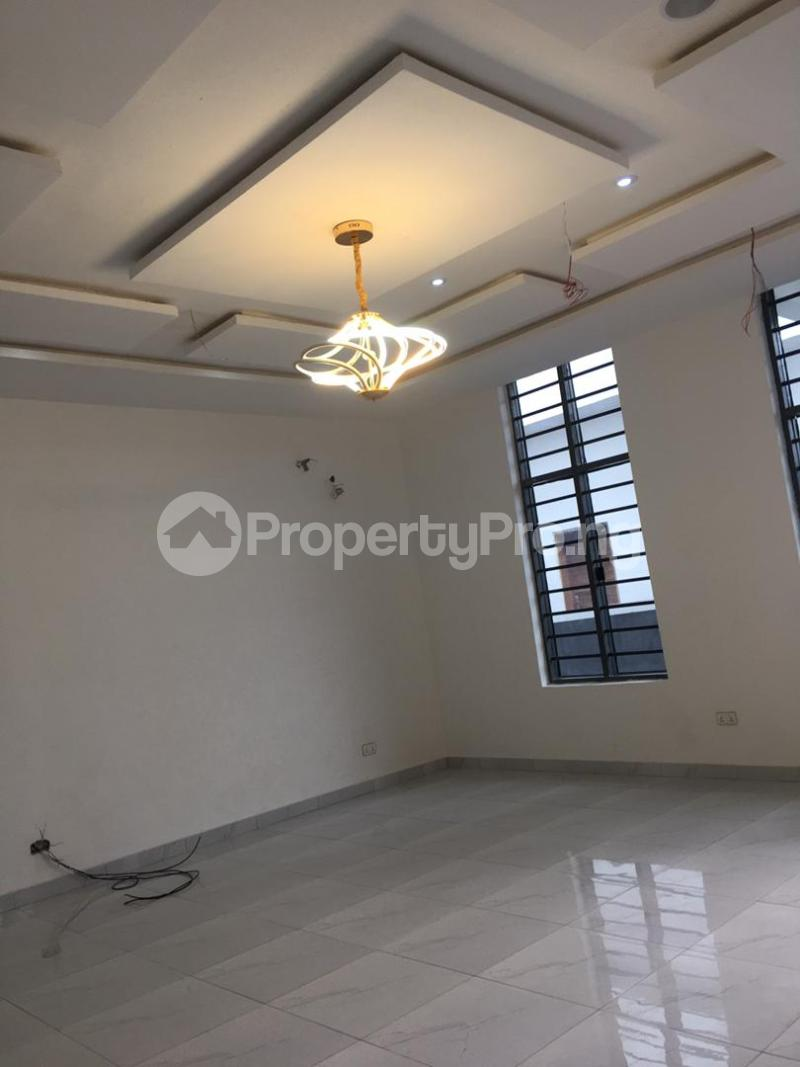 4 bedroom Detached Duplex for sale Thomas Estate Ajah Lagos - 5
