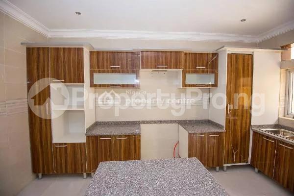4 bedroom House for sale Alperton Residence Estate   Osapa london Lekki Lagos - 5
