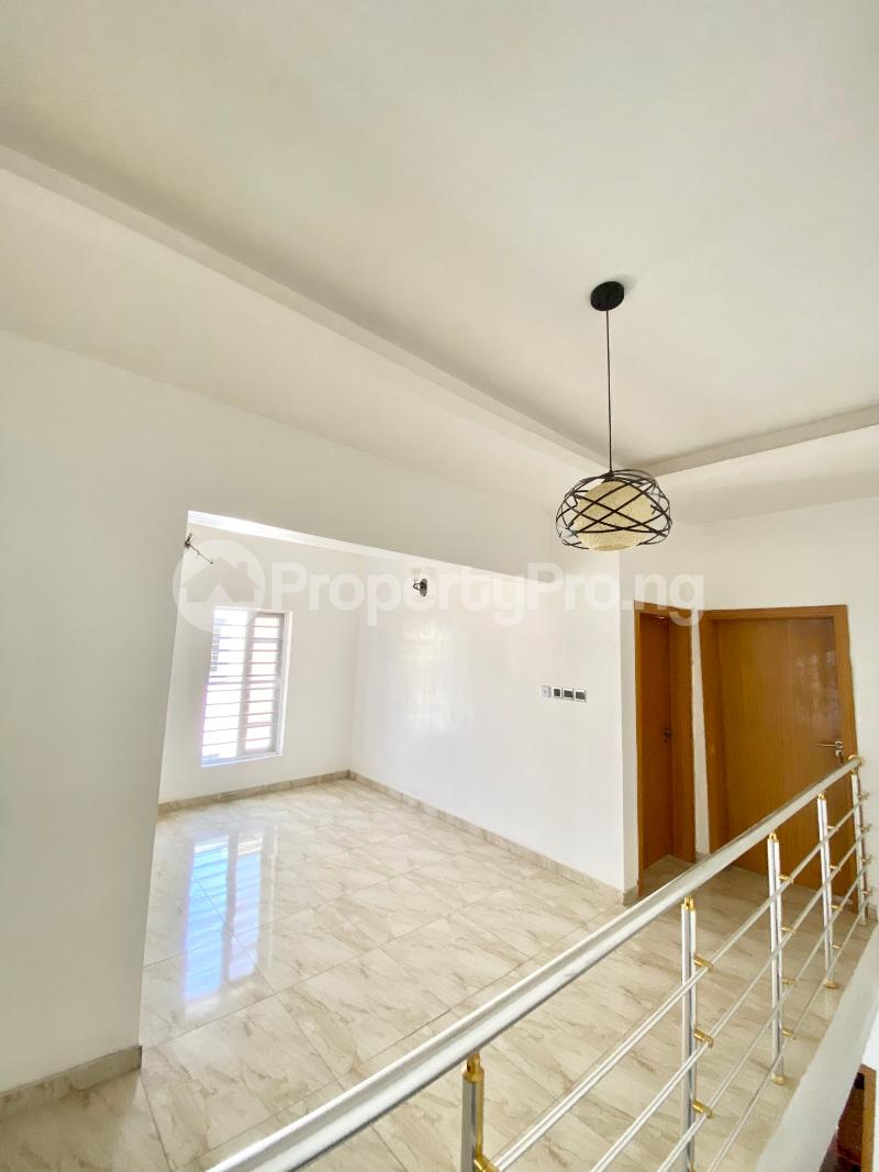 4 bedroom Semi Detached Duplex House for sale Ologolo Lekki Lagos - 6