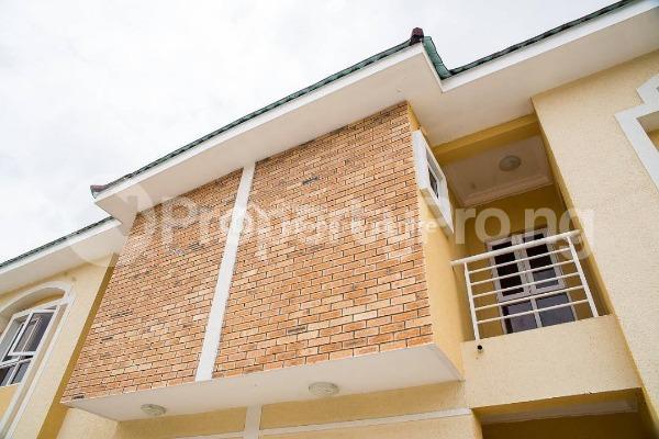 4 bedroom House for sale Alperton Residence Estate   Osapa london Lekki Lagos - 1