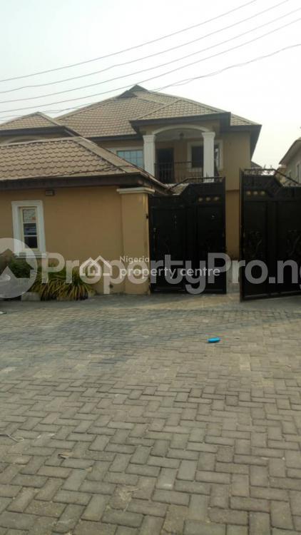 4 bedroom Semi Detached Duplex for sale Victory Estate Thomas estate Ajah Lagos - 0