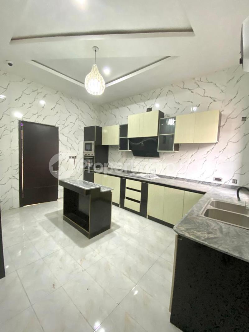 4 bedroom Semi Detached Duplex for sale Second Toll Gate chevron Lekki Lagos - 7