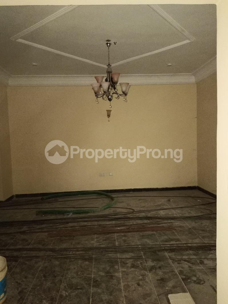 4 bedroom Semi Detached Duplex for rent S Guzape Abuja - 3
