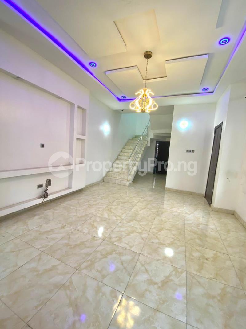 4 bedroom Semi Detached Duplex for sale Second Toll Gate chevron Lekki Lagos - 12