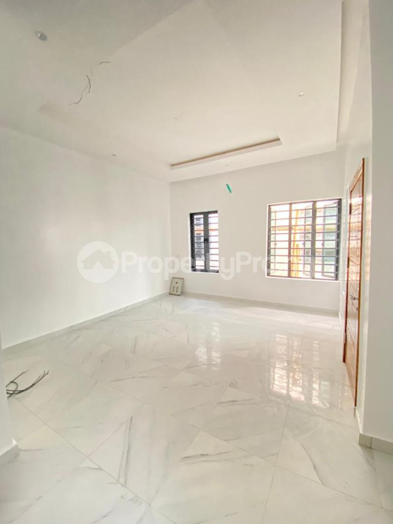 4 bedroom Semi Detached Duplex House for sale Idado Lekki Lagos - 11