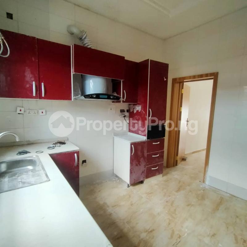 4 bedroom Semi Detached Duplex for sale Ologolo Lekki Lagos - 8