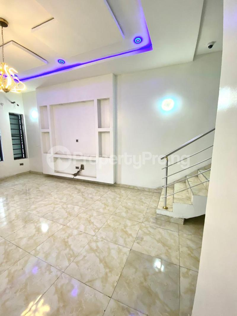 4 bedroom Semi Detached Duplex for sale Second Toll Gate chevron Lekki Lagos - 8