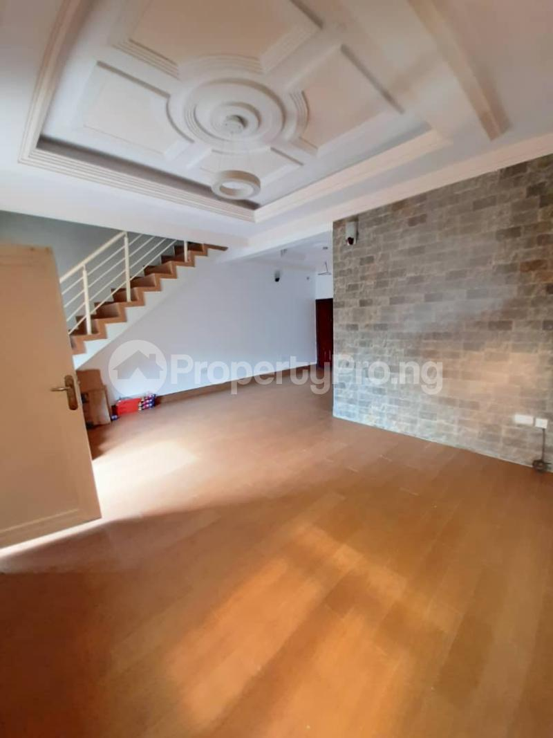 4 bedroom Detached Duplex House for rent - Osapa london Lekki Lagos - 7
