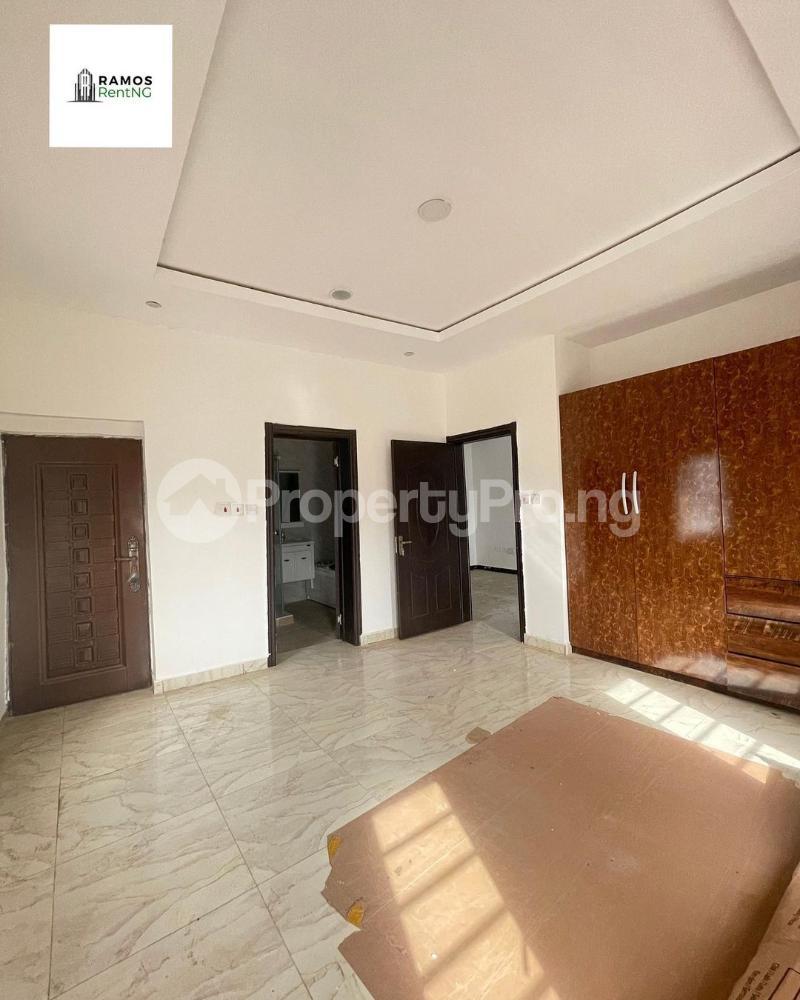 4 bedroom Semi Detached Duplex House for rent - Ikota Lekki Lagos - 4