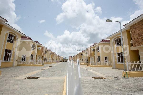 4 bedroom House for sale Alperton Residence Estate   Osapa london Lekki Lagos - 3