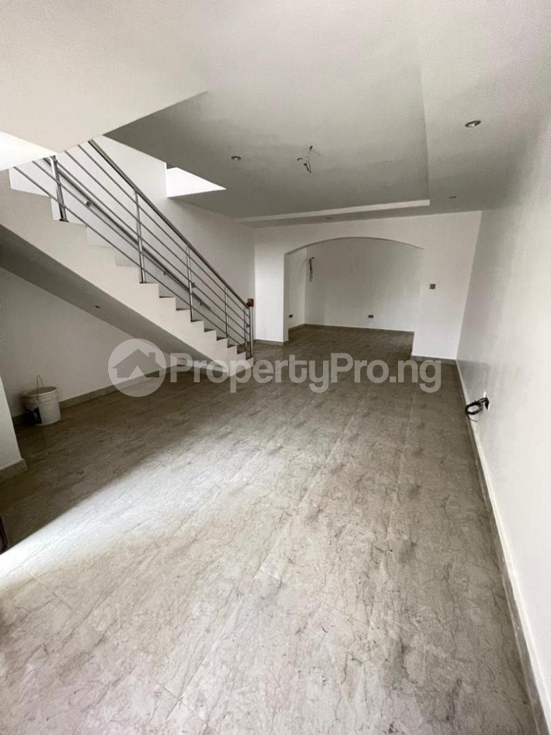 4 bedroom Semi Detached Duplex for sale Second Toll Gate, Lekki chevron Lekki Lagos - 8