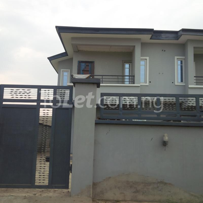 4 bedroom House for sale Private Estate Berger Ojodu Lagos - 1