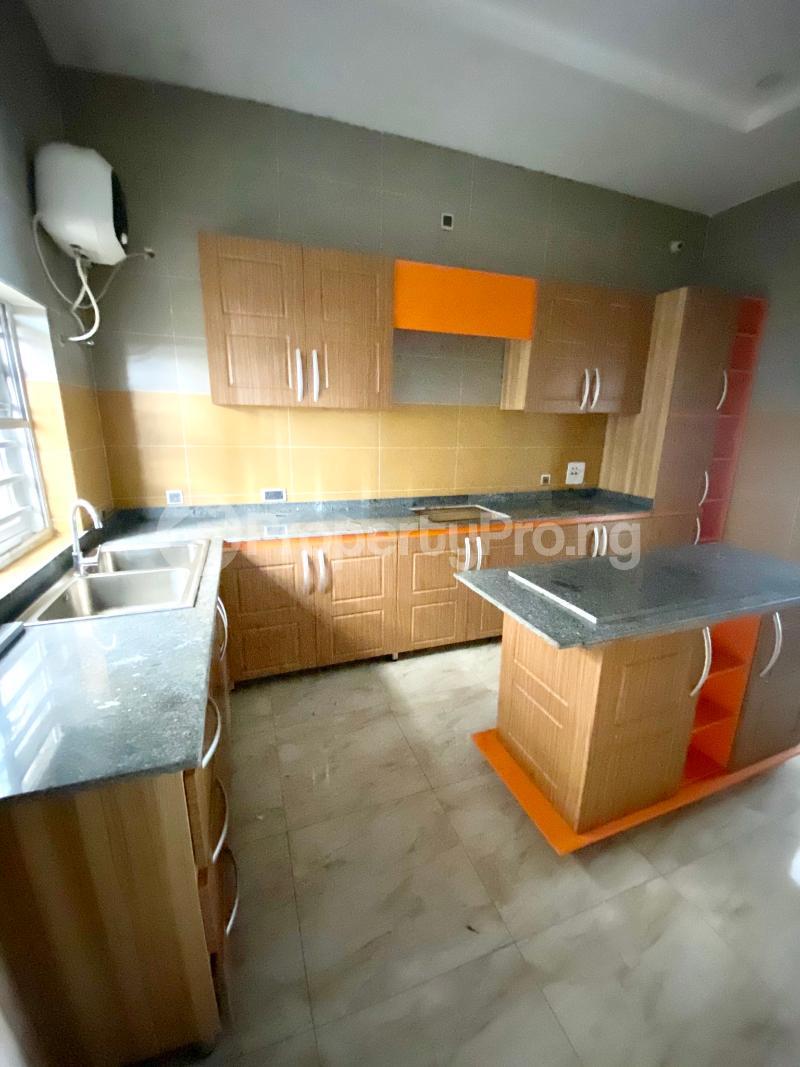 4 bedroom Semi Detached Duplex House for sale Ologolo Lekki Lagos - 14