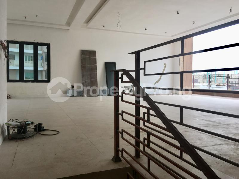 4 bedroom Semi Detached Duplex House for sale Lekki Phase 1 Lekki Lagos - 5