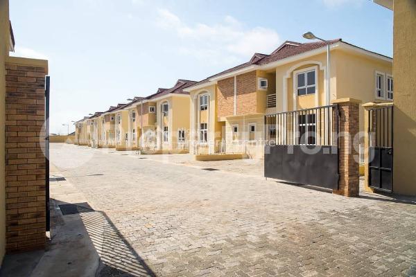 4 bedroom House for sale Alperton Residence Estate   Osapa london Lekki Lagos - 10