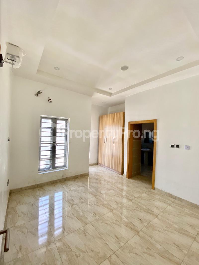 4 bedroom Semi Detached Duplex House for sale Ologolo Lekki Lagos - 15