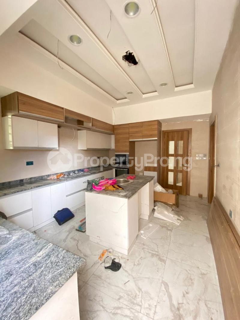 4 bedroom Semi Detached Duplex House for sale Jakande Lekki Lagos - 3