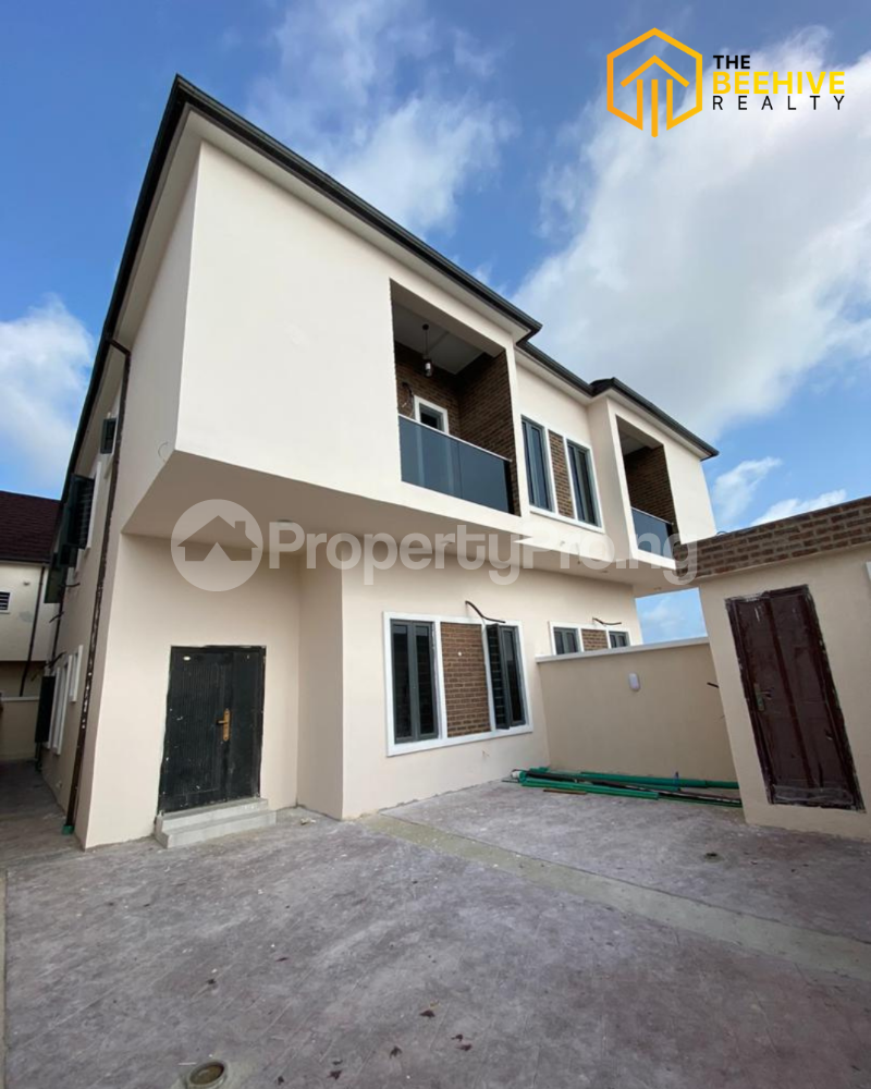 4 bedroom Semi Detached Duplex House for sale Orchid chevron Lekki Lagos - 0