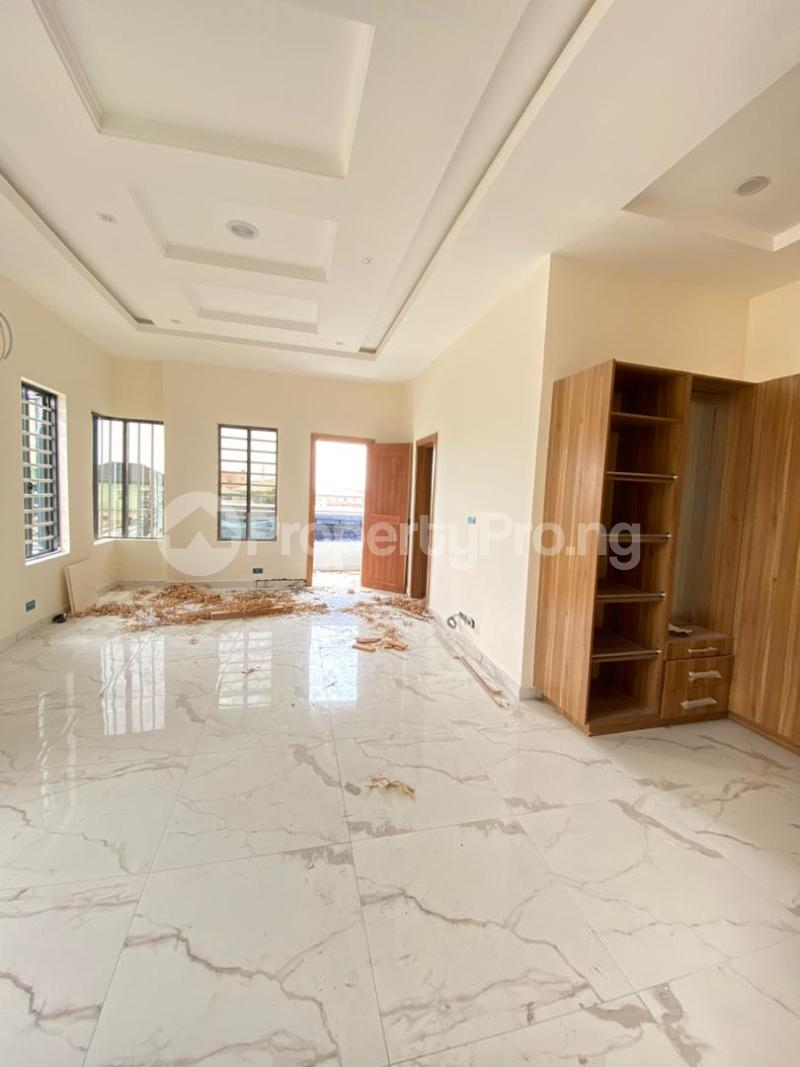 4 bedroom Semi Detached Duplex House for sale Jakande Lekki Lagos - 11