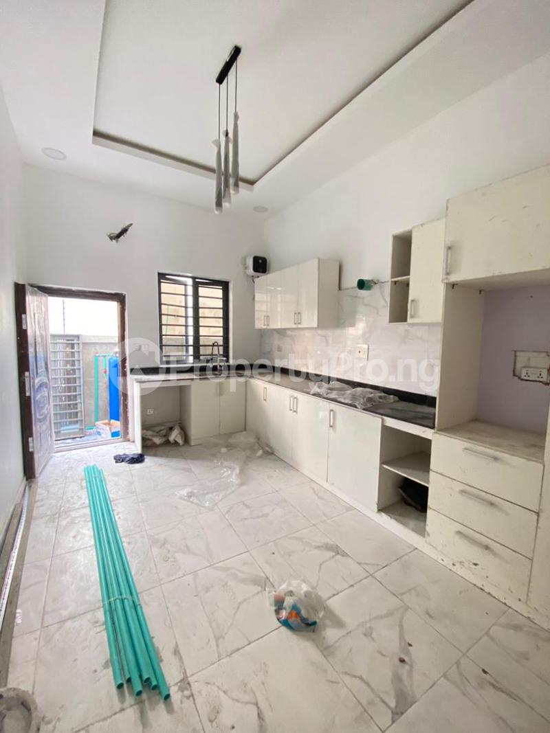 4 bedroom Semi Detached Duplex House for sale Idado Lekki Lagos - 7