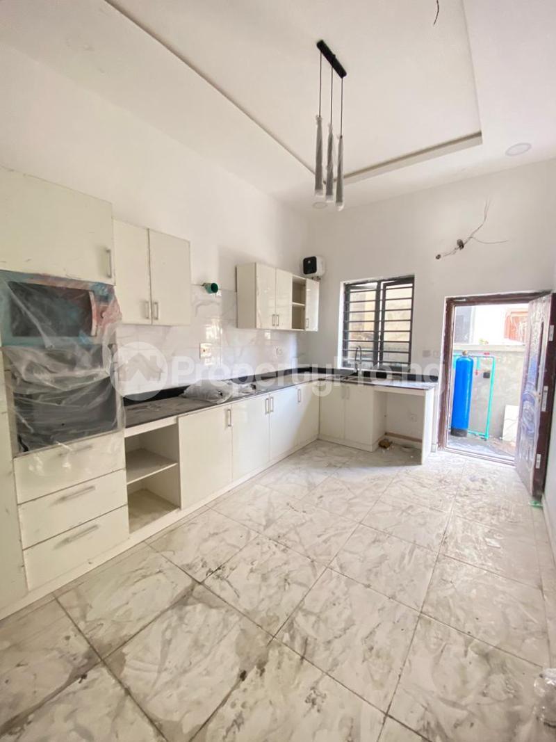 4 bedroom Semi Detached Duplex House for sale Idado Lekki Lagos - 5