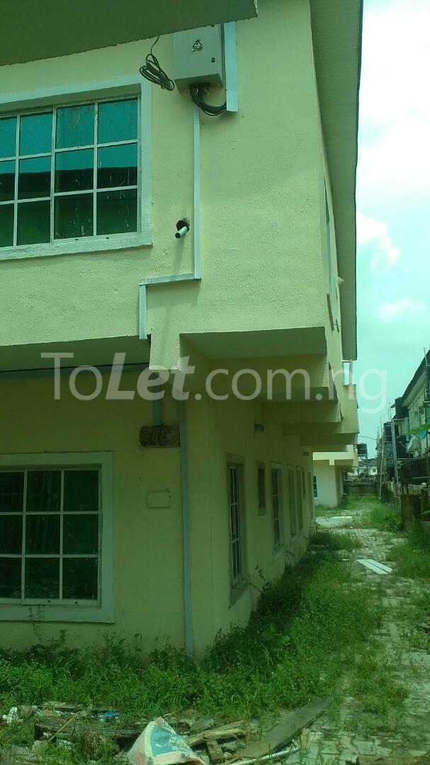 4 bedroom House for sale Km 24, Opposite Abraham Adesanya Lekki Gardens estate Ajah Lagos - 3