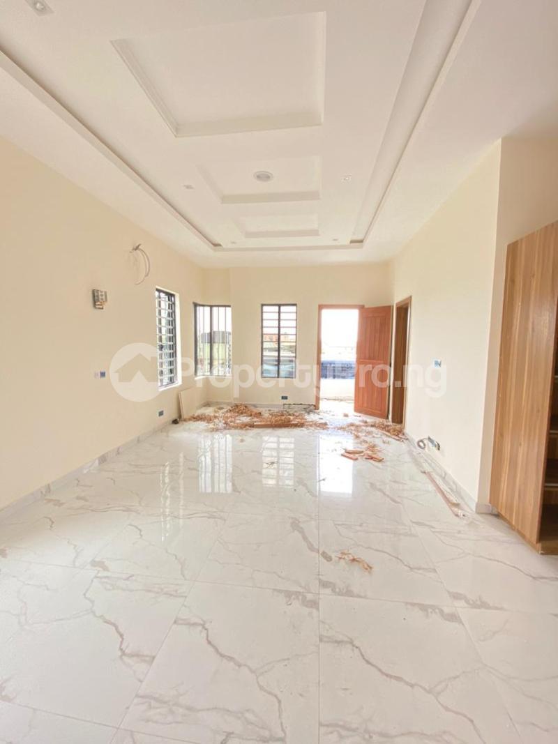 4 bedroom Semi Detached Duplex House for sale Jakande Lekki Lagos - 9