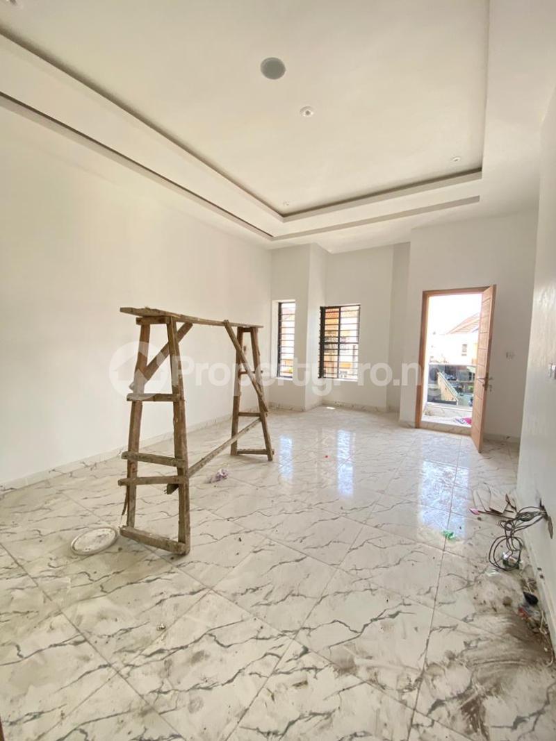 4 bedroom Semi Detached Duplex House for sale Idado Lekki Lagos - 10