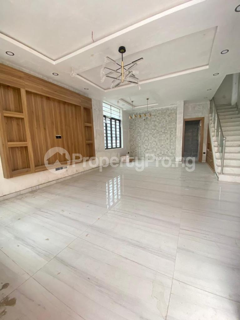 4 bedroom Semi Detached Duplex House for sale Lekki Phase 1 Lekki Lagos - 6