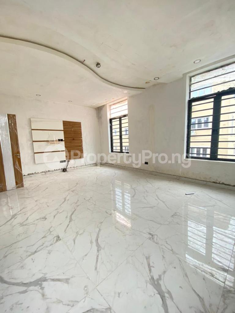 4 bedroom Semi Detached Duplex House for sale Lekki Phase 1 Lekki Lagos - 3