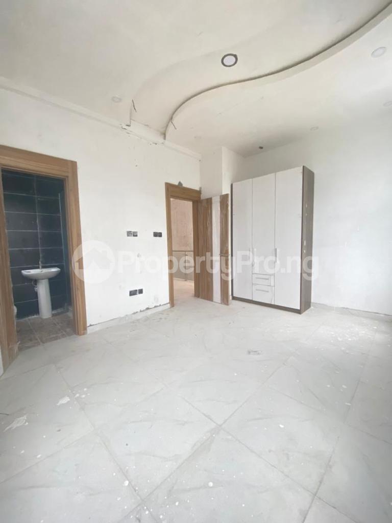 4 bedroom Semi Detached Duplex House for sale Lekki Phase 1 Lekki Lagos - 5