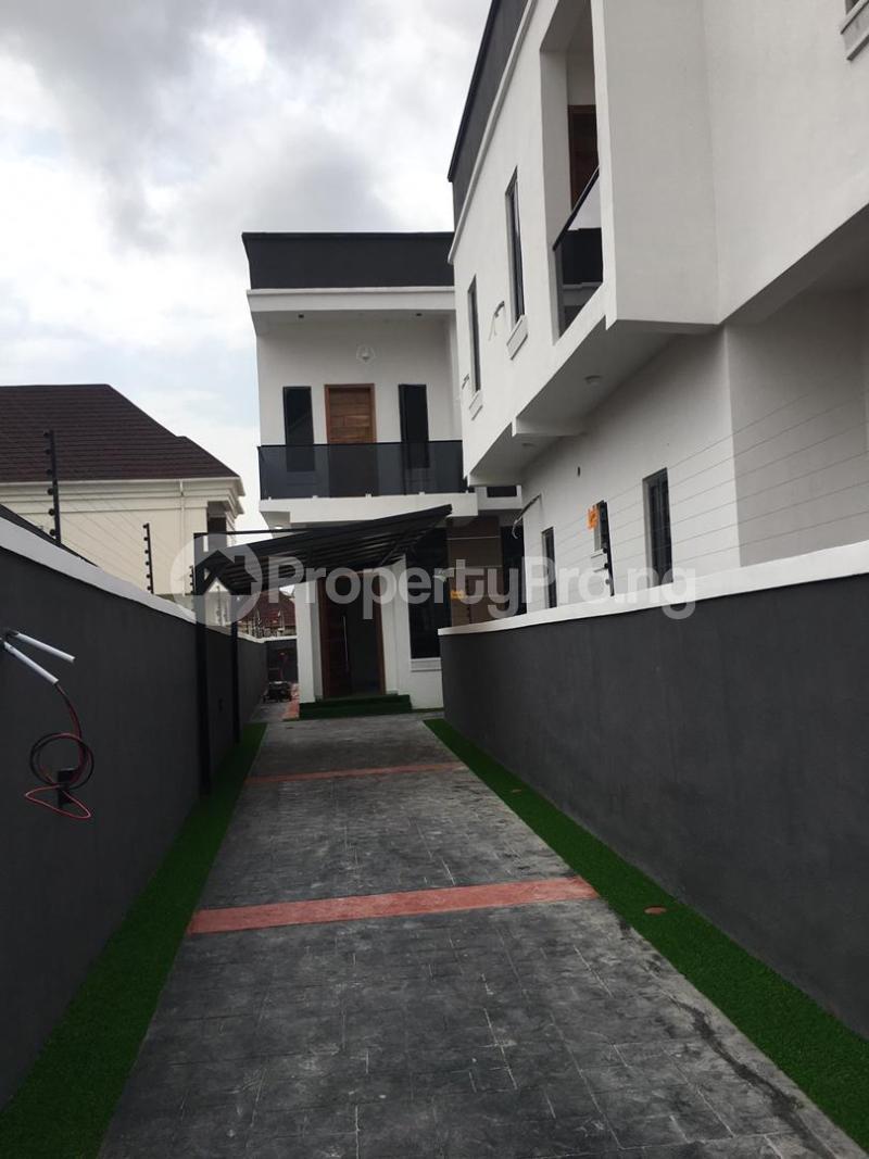 4 bedroom Detached Duplex for sale Thomas Estate Ajah Lagos - 10