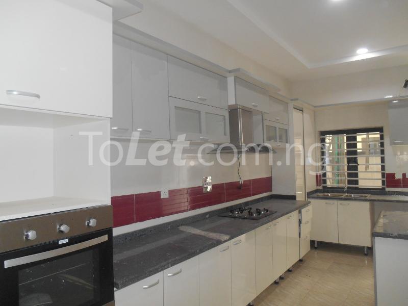 4 bedroom House for sale White Oak Estate, Ologolo Lekki Lagos - 11